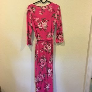 Pink Lily Dresses - Pink Lily floral maxi dress